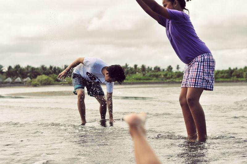 Having FunPlayingSplash Beach Life Family Showcase: November