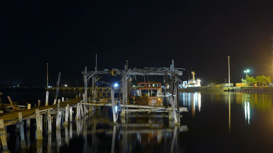 Dock Harbor Harbour Horizontal Long Exposure Night Reflection Transportation Water Waterfront
