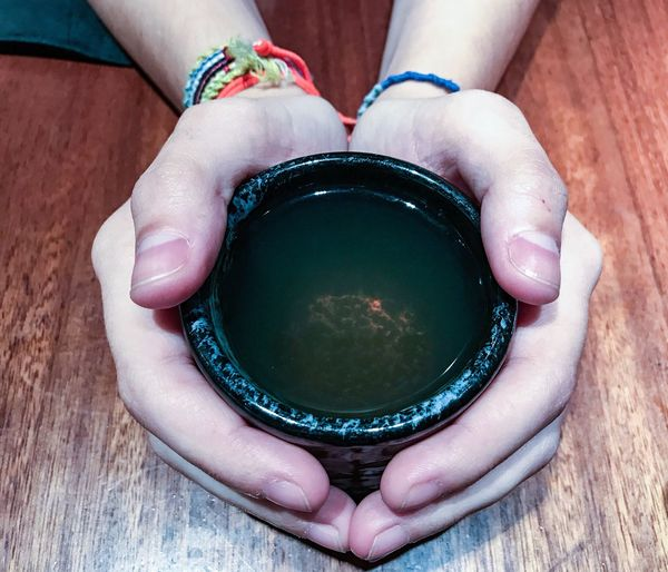 Human Hand Human Body Part Real People One Person Holding Indoors  Close-up Day People Tea Tea Time Tea - Hot Drink Japanese Tea Cup Japanese Green Tea Green Tea