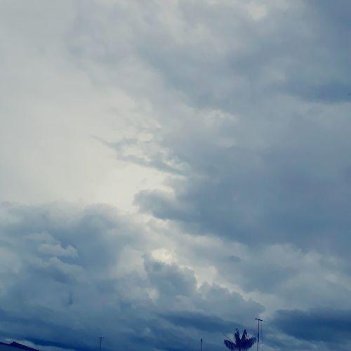Foto tirada no entardecer, mostrando nuvens no ceu. NeusaBessa Nuvens Entardecer Goiás,GO Brasil ♥ Beleza Desainer Goiano Caiaponia Belo Original Art Sky Cloud - Sky Cumulus Cloud