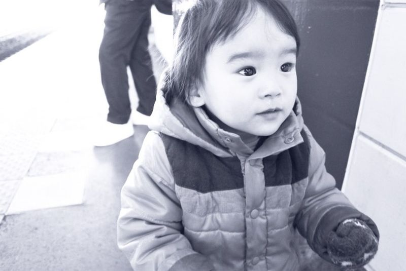 長男が小さい頃。次男と目のサイズがちがう。。笑 Snapshots Of Life Snapshot Baby Babyboy Light And Shadow Kids Being Kids Blackandwhite Peace Love
