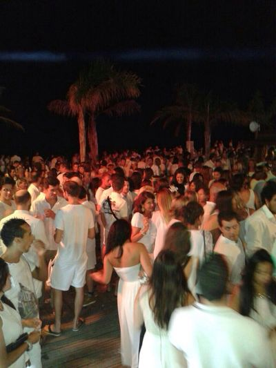 Temple Beach Soiree Blanche