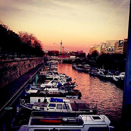 Enjoying Life Beauty Paris ❤ Happy Saturday Night Lights