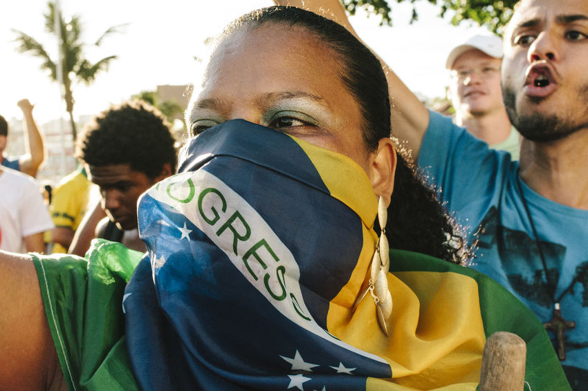 Branch Brazilian Flag Day Dilma Roussef Flag Focus On Foreground Headshot Mask No Corruption Outdoors Peacefull Protests Portrait Presidential Impeachment Protests Protests In Brazil Ptsd Awareness Riot Sunny Day The Photojournalist - 2016 EyeEm Awards Yelling Fuji Astia The Photojournalist - 2017 EyeEm Awards