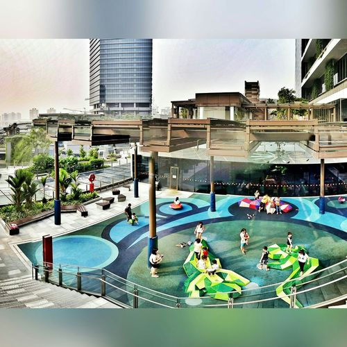 West side of Singapore. A typical weekend for the kids. Singapore Sunshine Rooftop Playground