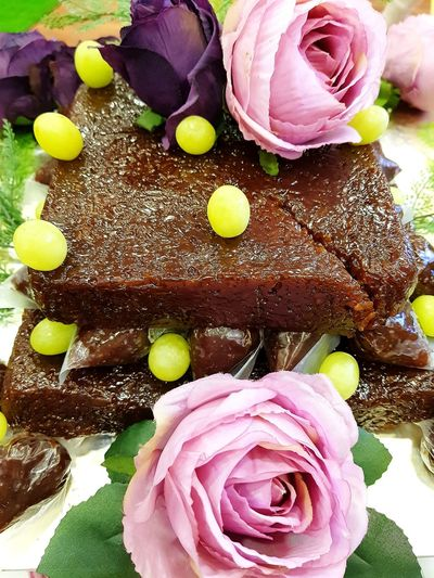 Chocolate cake Cake♥ Chocolate Cake Chocolate Cake On A Table Grapes Fruits Flower Petal No People Freshness Indoors  Close-up Fragility Flower Head Nature Day