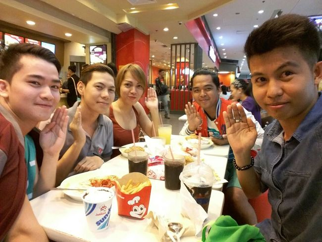 Hi! Cheese! Enjoying Life People Happy Eating with Happy people.. from City Of Love. Iloilo City, Philippines.