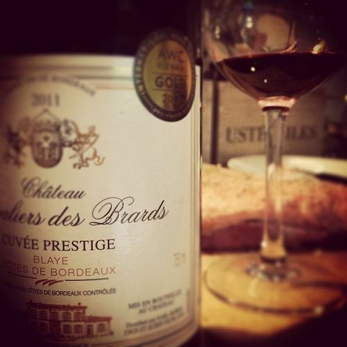 Duck. So? Blaye. Bordeaux Blaye Instawine Redwine Duckislife Wino Winolife