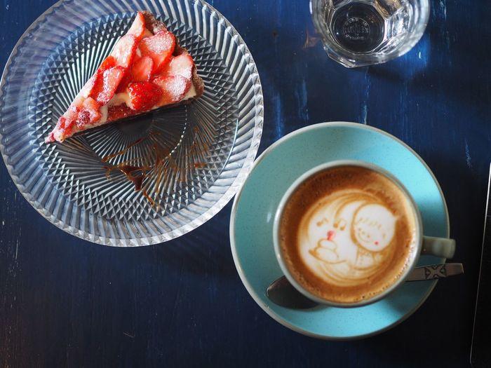 今年の初カフェ、イチゴタルト Coffee Cup Food And Drink High Angle View Ready-to-eat Coffee - Drink Cafe Cake Sweet スイーツ カフェ ケーキ タルト いちご Strawberry Deliclous Yum
