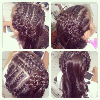 Hairdesing Haircoiffeur Hairstyle Fashionhair coiffeur penteados tranças trançada trança hair
