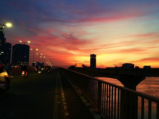 Sai Gon Bridge