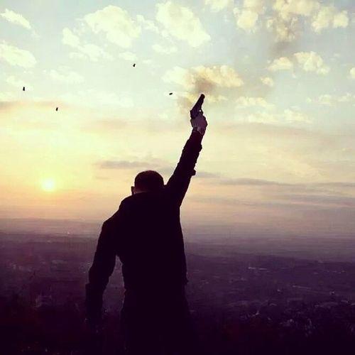 Birgün güneş benim için doğacak! Guzelbirgun Hatıralar Isyan BatanGüneş Adrenalin Tutku Heyecan Ankara Sessizlik