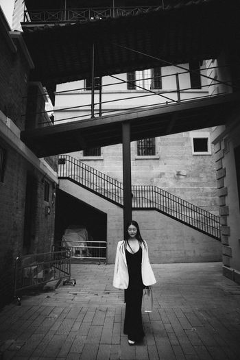 Blackandwhite Black And White Asian Girl Portrait Portrait Of A Woman Hong Kong Building Exterior Built Structure Beautiful Woman
