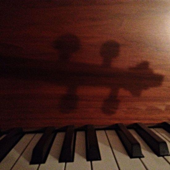 Meine Violine  und mein Klavier und Schattenspiel  Licht Und Schatten