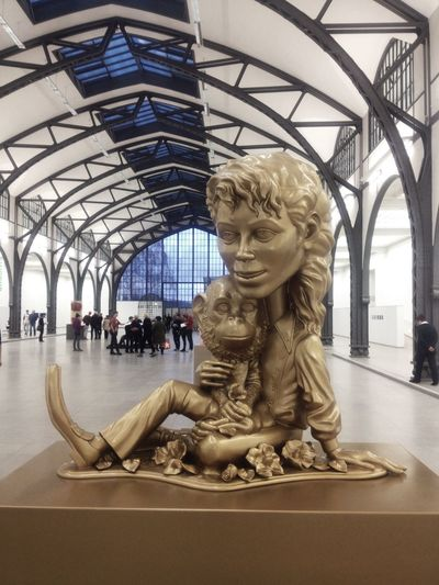 Art Art And Craft Gold Hamburger Bahnhof Human Representation Michael Jackson Religion Sculpture Statue
