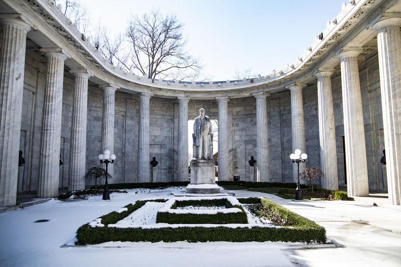 Statue President McKinley William McKinley Architectural Column NilesOhio Ohio Nikon D3200 Nikon D3200 Photosbyfako