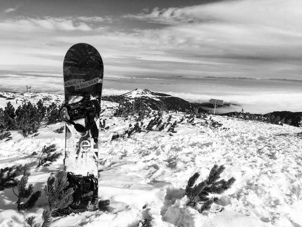 Snowboarding HEAD Sky Cloud - Sky Land One Person Nature Beauty In Nature Non-urban Scene Winter Snow Lifestyles Outdoors