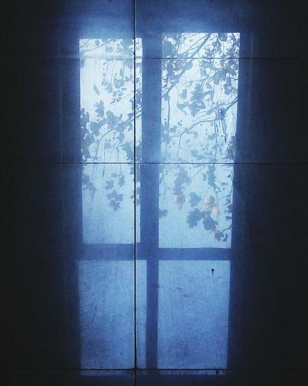 地之窗 Window Cold Temperature Reflection No People Close-up Alone In The City  Winner ❤ Outdoors Mgical First Eyeem Photo