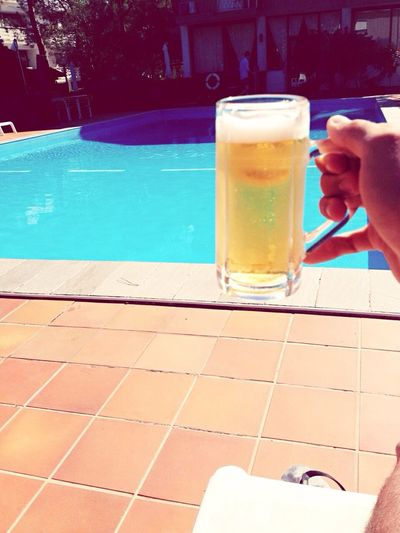 Relaxing Summer Amazing Beer Pool Fatica Magarimale Manovalanza Followme
