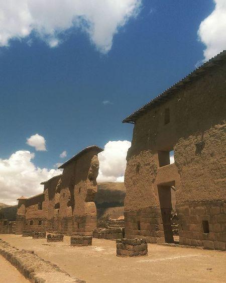 Raqchi Peru IncaWorld Inca Templodelsol Raqchi Iloveperu Traveling Travelingperu Instatravel