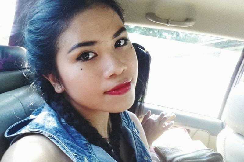 Red Lips Black Eyes Black Hair Tan Skin Selfie Cute Girl Teen Asian Girl Hello World