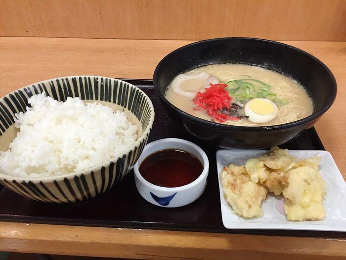 Yummy Ramen Noodles EyeEm Japan Japan Japan Photography EyeEm Best Edits Self Portrait EyeEm EyeEm Gallery EyeEmBestPics EyeEm Best Shots Dinner 定食 とんこつとり天ラーメンセットご飯大w