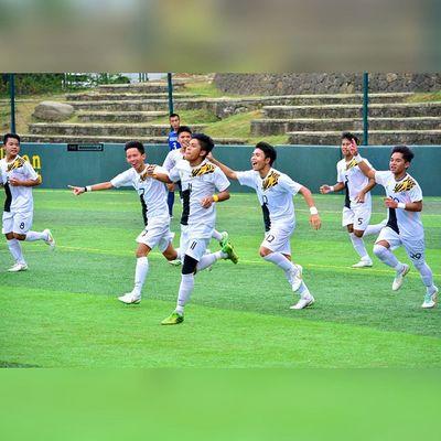 Goal celebration 🎆 ⚽ . . . UAAP Uaap77 Uaapseason77 ADMUvsUST juniors ateneo AdMU UST uste sbspotlight soccerbible football themanansala