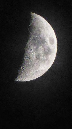 la Lune 🌛 Moon