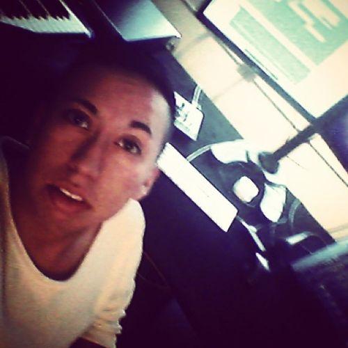 New Music Studio :) Finallyback Itwassurealoooongtimeago overayear musicisbackinmylife sketchbybrown