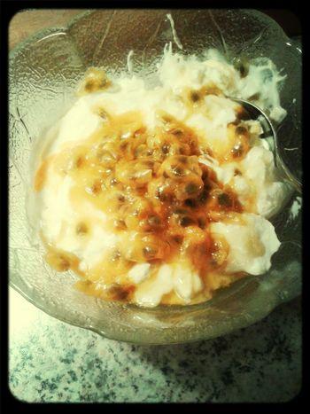 Yummi :) Helloworld it tastes sooo good :)) Passion Fruit greek yogurth *-* and honey