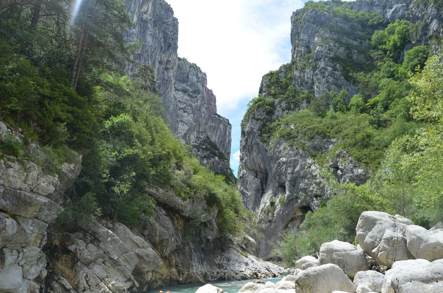 Mountain Range Gorges Du Verdon Summervacations Lovely Memories Day Long Drive 40 Degrees Trees And Mountains