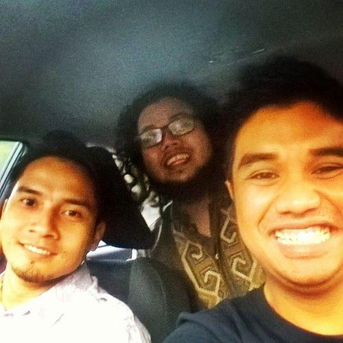 On the way to Iftar . Mael punya puasa nipis sket sbb marah keta Unser. BilaMaelPegangSteering Kumpulbatch Iftar