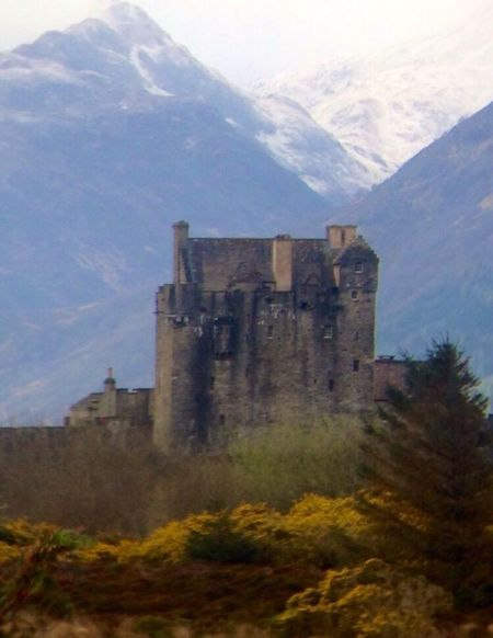 Scotland Scottish Kyle Of Lochalsh Castle Castles Mountains Mountain Mountain View Mountain_collection Old Castle Snow Snow ❄ Scenics Scenery Scenery Shots History Historical Building Historic IPhoneography