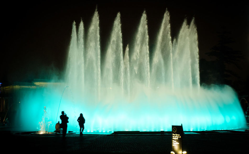 Parque de las Aguas Fuente❤Agua Lima Lima-Perú Nature Night Lights Nightphotography Water Reflections Astronomy Beauty In Nature Fontain Full Length Illuminated Leisure Activity Lifestyles Long Exposure Men Motion Nature Night Outdoors People Real People Silhouette Sky Spraying Standing Togetherness Two People Water Water_collection Waterfall