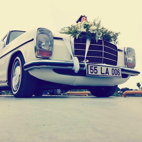 Beyaz Mercedes Gelinarabasi