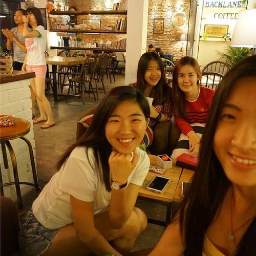 难得四个女人集在一起聊八卦 女人的咖啡👭👭☕