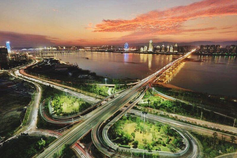凤凰涅磐 City Sky