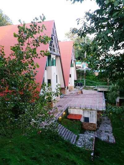 Architecture Red Houses And Windows Museum Green Nature Cold Roadside Beuty Murree Pakistan