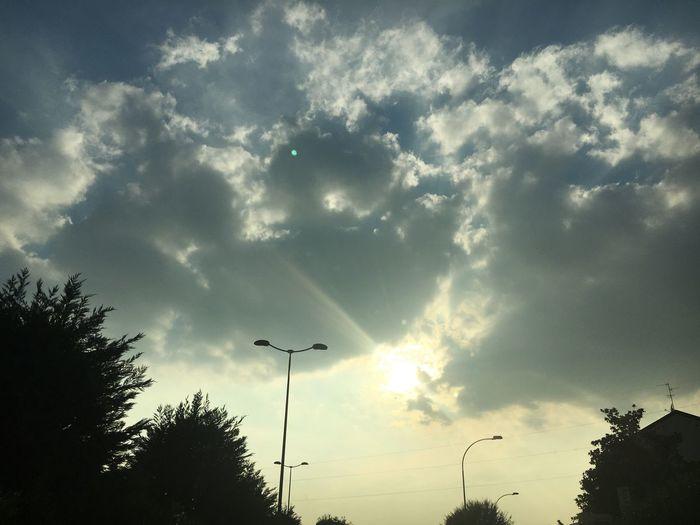 Sky Light Sunlight Cloud Cloud - Sky Cloudscape