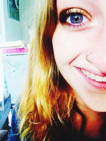 Smokeyeye Selfie All Smiles Followme