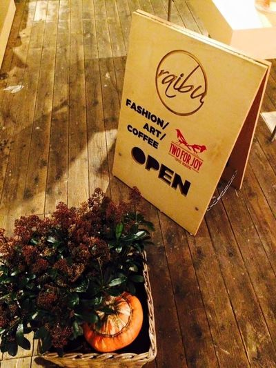 Amsterdam Hotspot Cafe Art Fashion Raibu