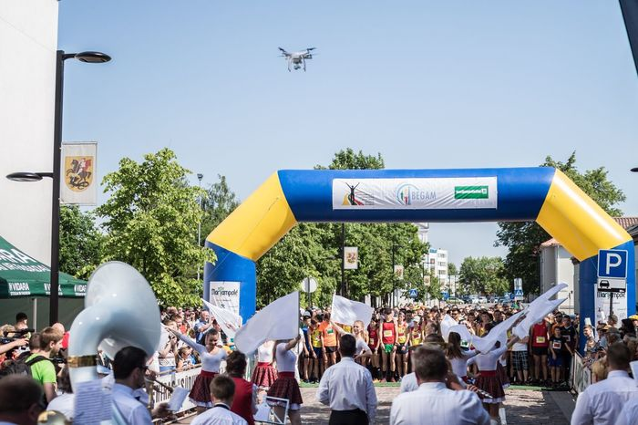 The Innovator City Life Drone  Streetphotography Street Photography City Street Dronefly Festival Dancers Musicians Sport In The City Runners Street Running Lithuania