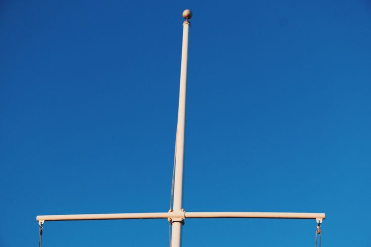 Clear Sky Low Angle View Blue No People Day Outdoors Sky Nature Pole Some Structure Scenics