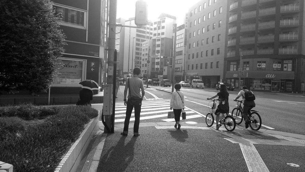 今日も暑いな... Architecture City Street City Life Sunbeam Fukuoka,Japan Streetphotography_bw City Street Blackandwhite Black & White Black&white Blackandwhitephotography Black And White Collection  Monochrome Monochromatic MonochromePhotography Black And White Blackandwhite Photography City City Life Streetphotography Person