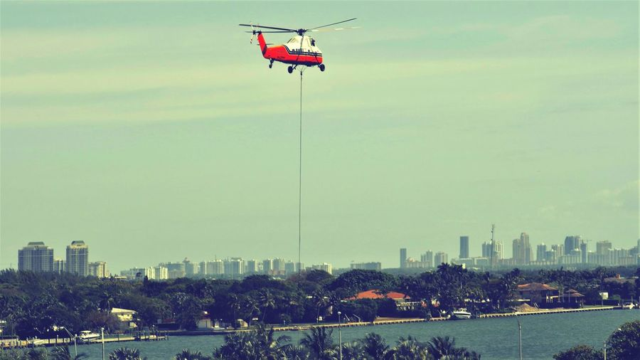 Helicopter Flying Flying Over Miami Transportation Florida Hauling