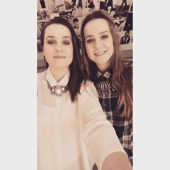 Twins Sister Go 👭 @mariesarazin
