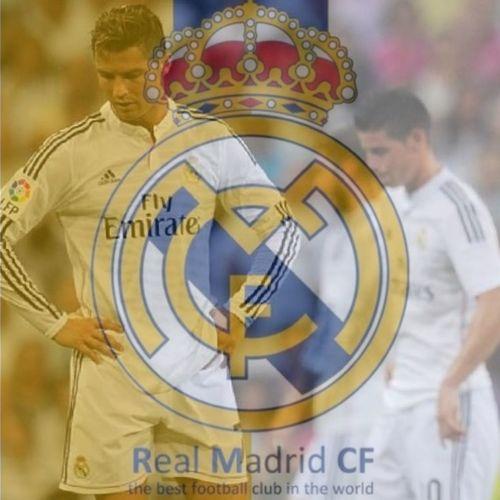 Playing Football Realmadrid CristianoRonaldo Football Is Life Football Player Jamesrodriguez :)))
