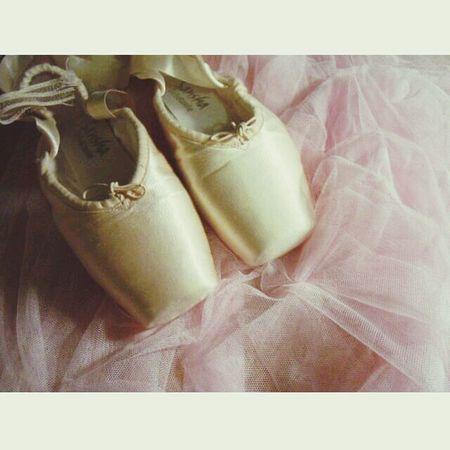 Ballet PointeShoes  Pointes Picoftheday