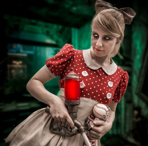 Little Sister from BioShock Cosplay Cosplayer NYCC Nycc2016 Bioshock Comiccon