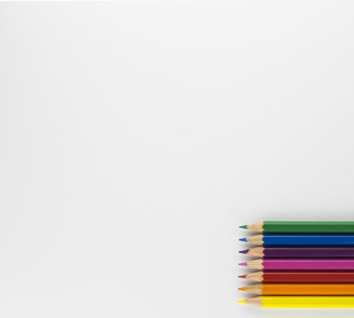 Back To School Buntstifte Crayons Education Malen Multi Colored School Schule Schüler Studio Shot White Background